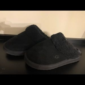 Black ugg winter sandals